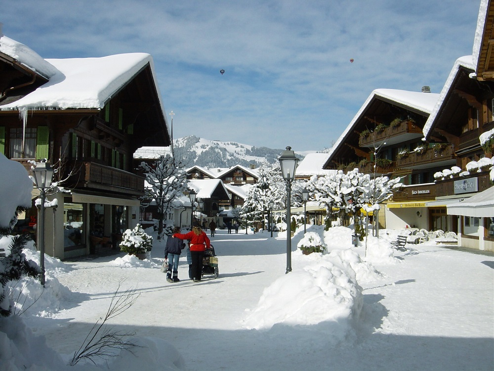 skiresort Gstaad in Gstaad Mountain Rides, Zwitserland